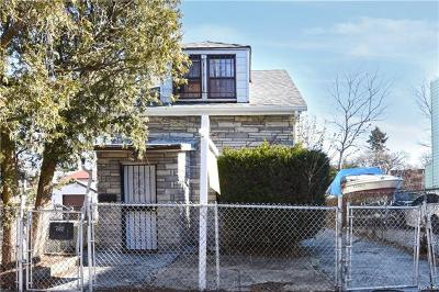 Bronx Single Family Home For Sale: 4134 Boyd Avenue