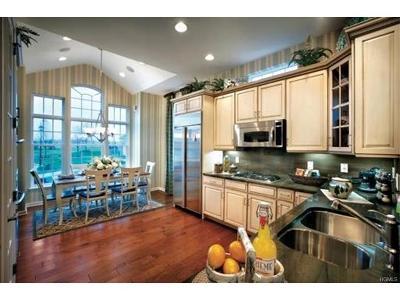 Wappingers Falls Single Family Home For Sale: 94 Farmington Road #81