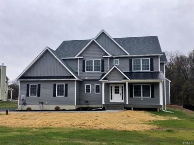 Montgomery Single Family Home For Sale: 41 Parsonage Farm Lane