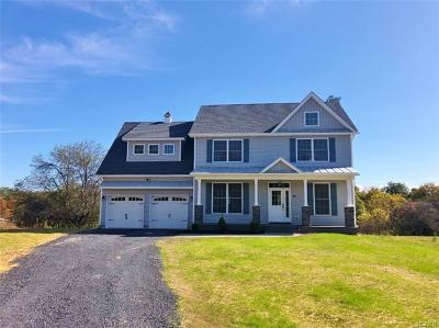 Montgomery Single Family Home For Sale: 15 Parsonage Farm Lane