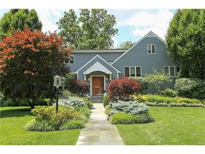 Scarsdale Single Family Home For Sale: 40 Harvest Drive