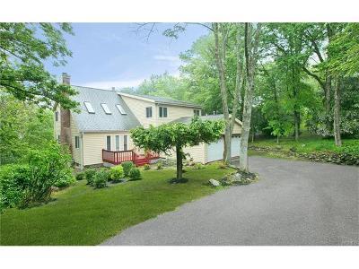 Goshen Single Family Home For Sale: 18 Glen Drive