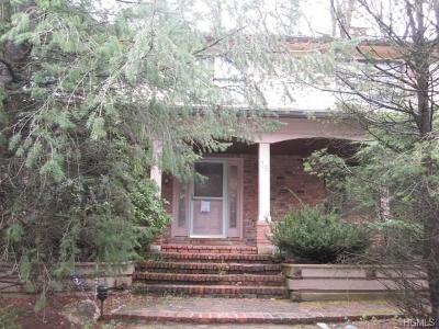 Single Family Home For Sale: 38 Newport Drive