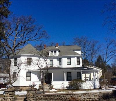 Single Family Home For Sale: 19 West Crooked Hill Road