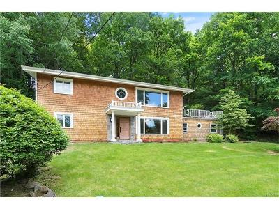 Westchester County Single Family Home For Sale: 34 Whitetail Road