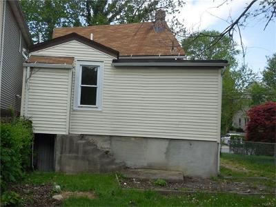 Yonkers Single Family Home For Sale: 963 Mile Square Road