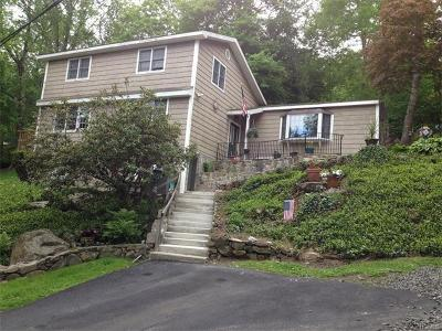 Connecticut Single Family Home For Sale: 8 Candlewood Road