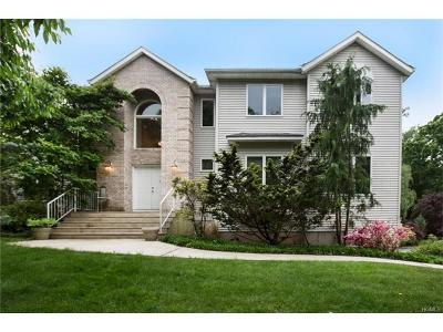 Rockland County Single Family Home For Sale: 3 Plum Hill Drive