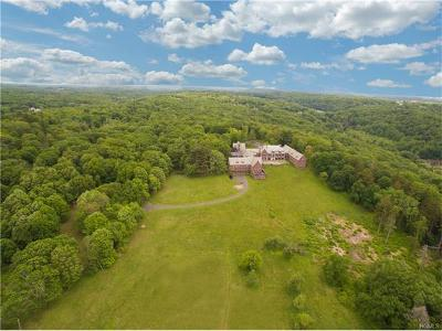 Westchester County Single Family Home For Sale: 773 Armonk Road