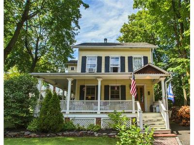 Single Family Home For Sale: 82 Washington Street