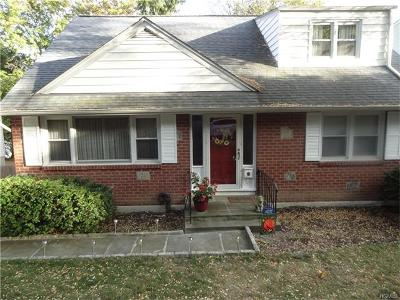 White Plains Single Family Home For Sale: 9 Orchard Parkway