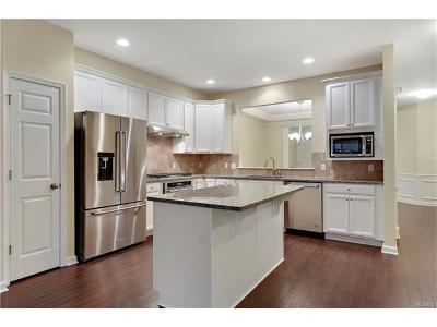 Carmel Condo/Townhouse For Sale: 6 Frost Court #4003