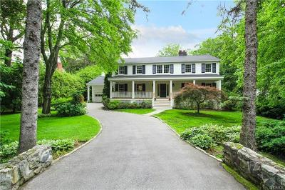 Westchester County Single Family Home For Sale: 1 Ridgeway Road
