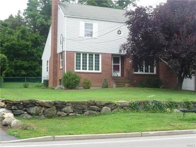 White Plains Single Family Home For Sale: 250 Old Mamaroneck Road