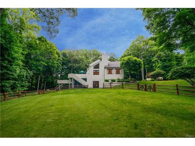 Cross River Single Family Home For Sale: 9 Hunts Lane