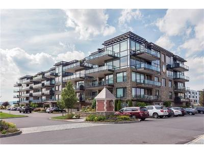 Tarrytown Condo/Townhouse For Sale: 18 Rivers Edge Drive #208
