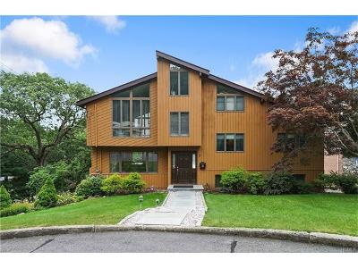 Dobbs Ferry Single Family Home For Sale: 19 Russell Place