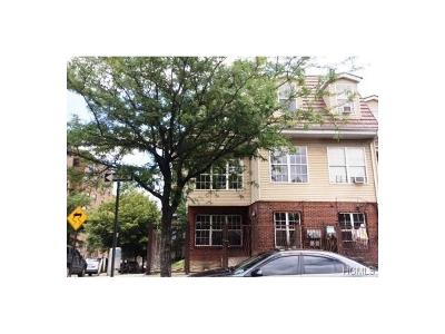 Bronx Multi Family 2-4 For Sale: 1098 Woodycrest Avenue
