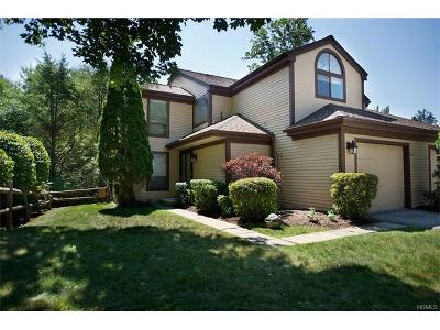 Ossining Condo/Townhouse For Sale: 11 Fawn Court