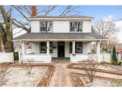 White Plains Single Family Home For Sale: 87 Robertson Avenue
