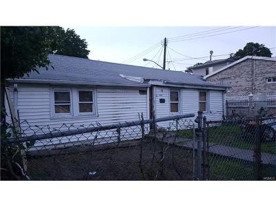 Bronx NY Single Family Home For Sale: $190,000