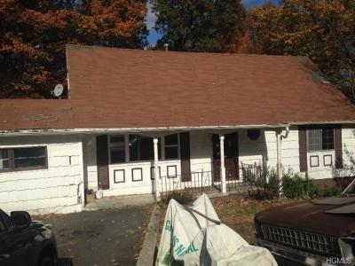 White Plains Single Family Home For Sale: 105 Juniper Hill Road