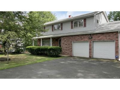 Single Family Home For Sale: 181 Old Pascack Road