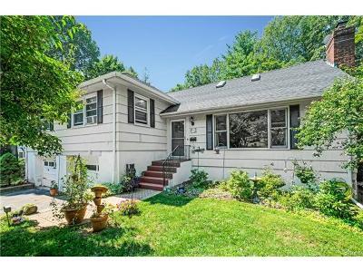 White Plains Single Family Home For Sale: 25 Manor Avenue