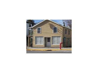 Goshen Multi Family 2-4 For Sale: 122 Greenwich Avenue