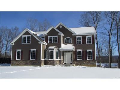 Hopewell Junction Single Family Home For Sale: 26 Biltmore Drive