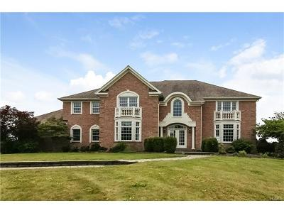 Goshen Single Family Home For Sale: 4 Farmcross Way