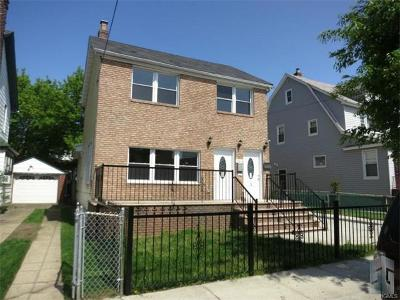 Multi Family 2-4 For Sale: 115-41 172nd Street
