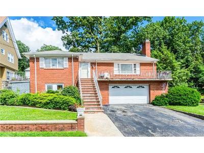 Yonkers Single Family Home For Sale: 238 Van Cortlandt Pk Avenue