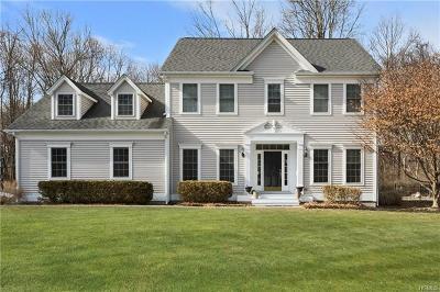 Warwick Single Family Home For Sale: 97 Old Oak Road