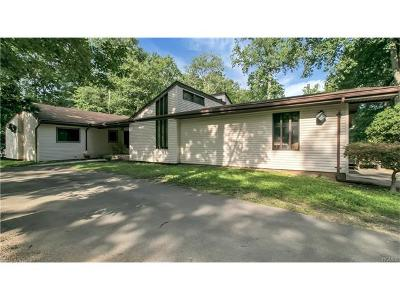 Single Family Home For Sale: 12 Sherwood Ridge Road