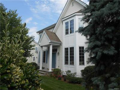 White Plains Single Family Home For Sale: 107 Vintage Court