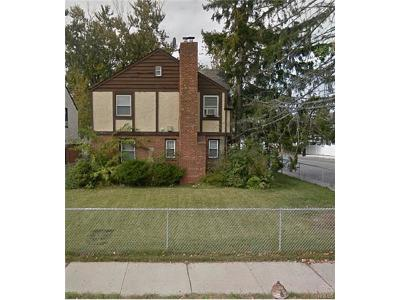 Multi Family 2-4 For Sale: 115-62 218 Street
