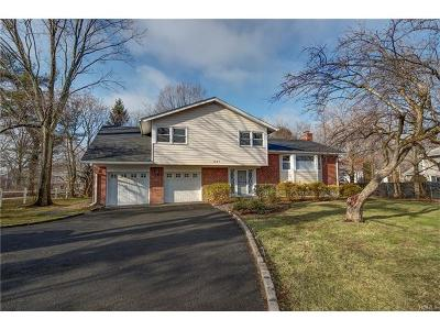 New Rochelle Single Family Home For Sale: 1047 Weaver Street