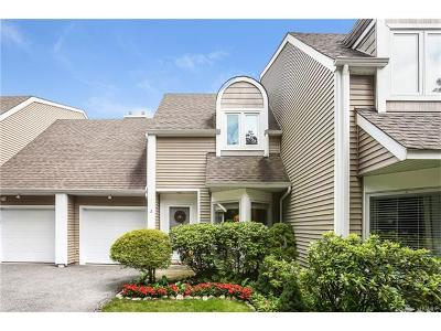 Westchester County Condo/Townhouse For Sale: 2 Spring Pond Drive