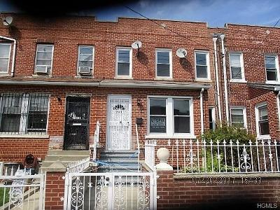 Bronx Single Family Home For Sale: 945 East 221st Street