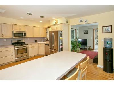 Single Family Home For Sale: 23 North Road