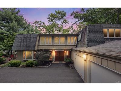 Rockland County Single Family Home For Sale: 3 Emerald Drive