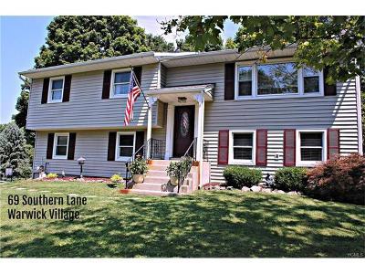Warwick Single Family Home For Sale: 69 Southern Lane