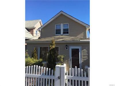 Bronx Single Family Home For Sale: 810 Throggs Neck