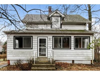Nyack NY Single Family Home For Sale: $259,900