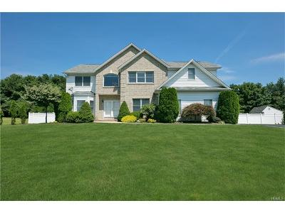 Rockland County Single Family Home For Sale: 6 Margo Court