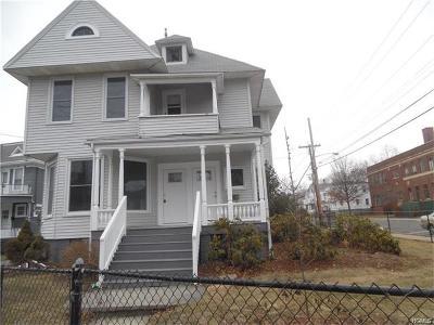 Middletown Multi Family 2-4 For Sale: 33 Wickham Avenue