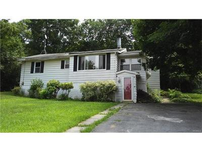 Monroe Single Family Home For Sale: 3 Poplar Trail