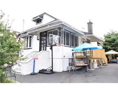 Bronx Single Family Home For Sale: 2566 Laconia Avenue