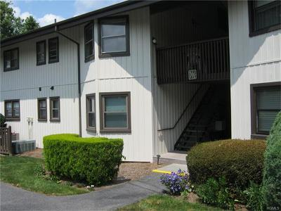 Yorktown Heights Condo/Townhouse For Sale: 10 Regents Place #K
